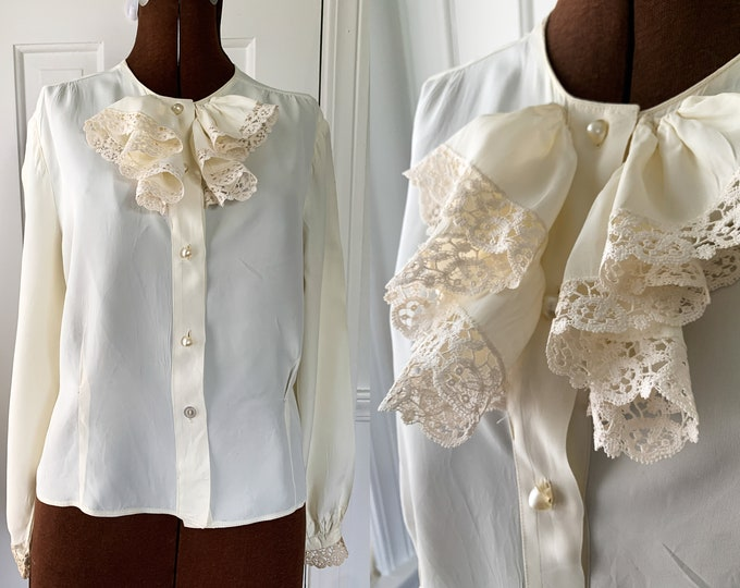 Vintage Camellia 1950s cream color blouse with neck ruffle and lace trim, Mid Century fashion blouse, Size L