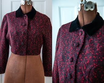 Vintage 50s black & red nubby cropped bolero style jacket with velvet collar, The Specialty House, Sz S