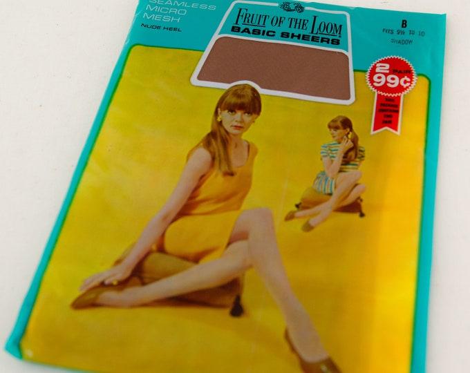 Vintage 60s NOS seamless micro mesh stockings in Shadow/light beige, vintage hoisery, fits 9.5-10