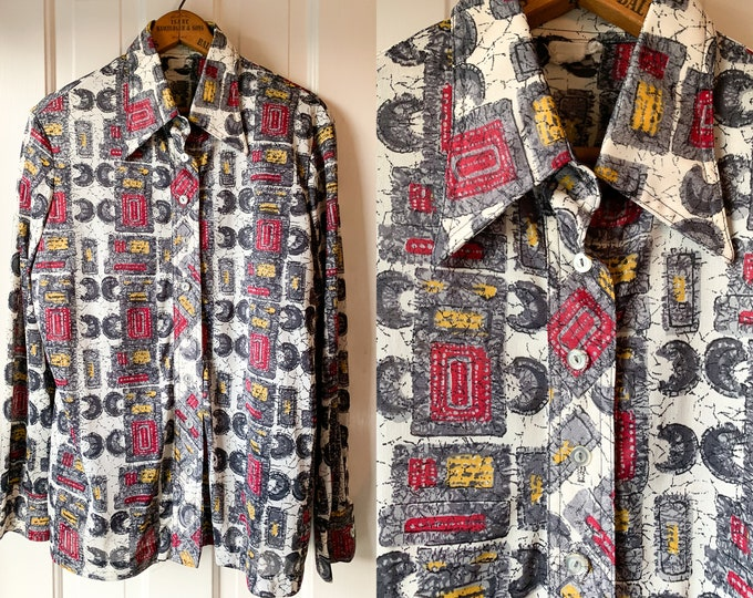 Vintage 1970s mod abstract print polyester long sleeve button down disco shirt, Size XL