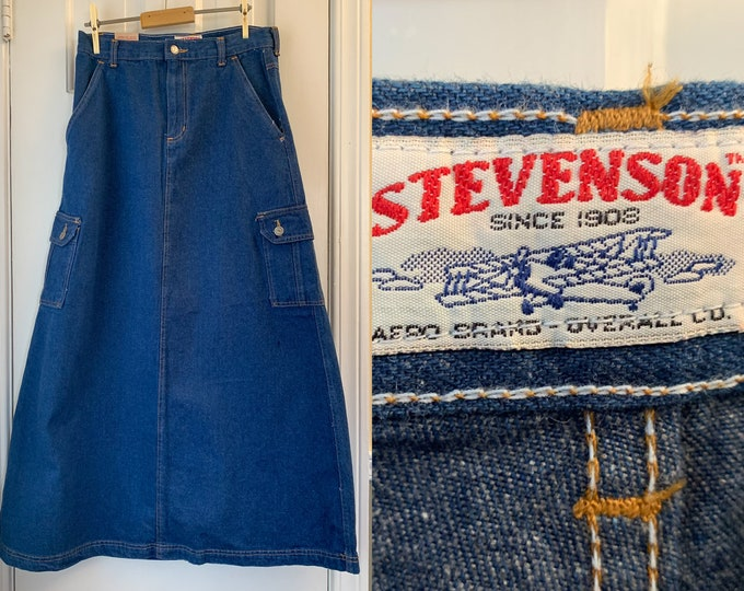 Vintage 1970s utility style denim skirt with pockets, Stevenson Aero Brand Overall Co., Size M/L