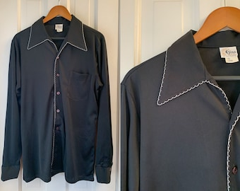 Vintage 1970s men's black knit poly shirt with contrasting edge stitching, Disco shirt, Gino of California, Size L