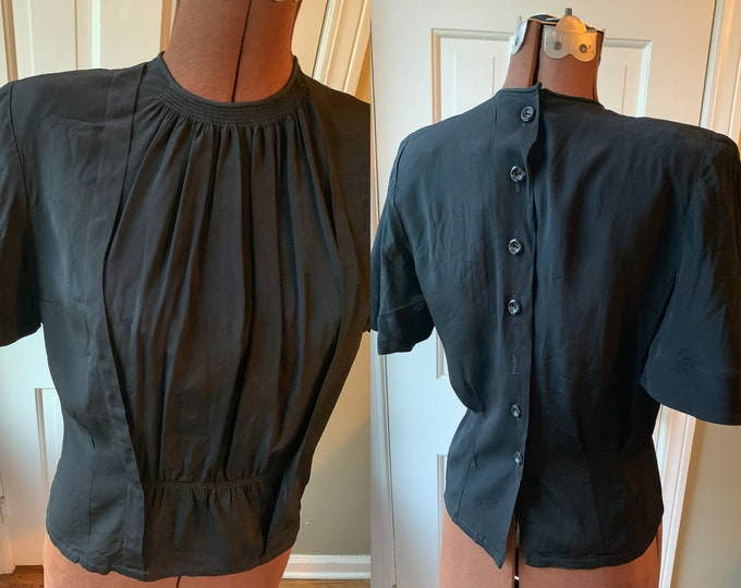 Vintage 1950s black crepe sheared front blouse with shoulder pads, winged sleeves and back button closure | Casino | Size M