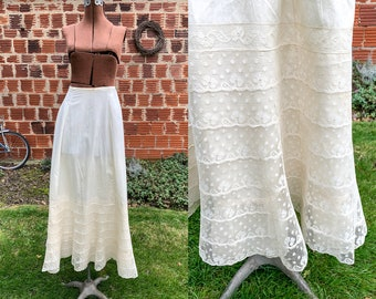 Authentic Victorian off-white cotton and lace skirt or petticoat | white vintage underskirt | wedding slip | Size XS