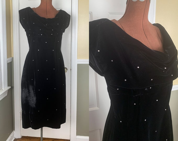 Vintage 1960s little black velvet dress with rhinestones and shawl collar | black cocktail dress | Size S