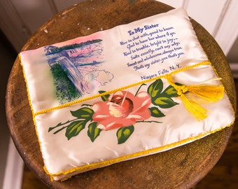 "Vintage 1950s satin souvenir ""to my sister"" ladies stocking lingerie jewelry storage pouch with hand-painted rose 