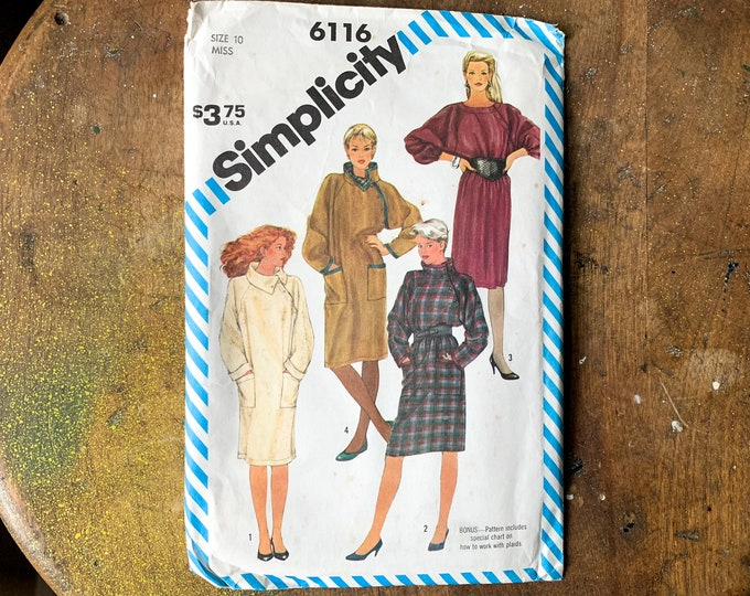 Vintage 1983 Simplicity sewing pattern for misses pullover dress with asymmetrical closure and raglan sleeves 6116 | Size 10