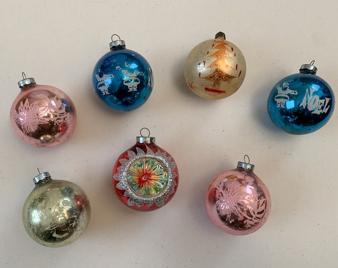 Vintage 1950s collection of 7 glass Christmas bulbs, mid century glass ornaments, made in the USA