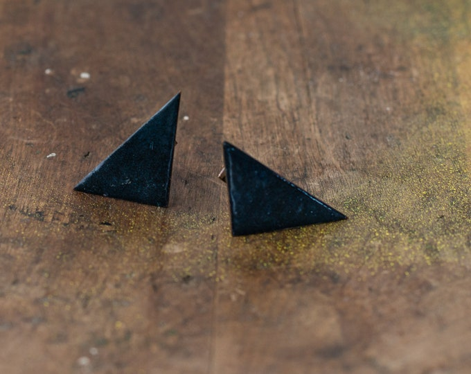 Vintage handmade off-set triangle cufflinks made in enamel over copper, mod geometric cufflinks, mid-century cufflinks