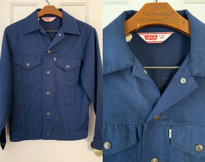 Vintage Levis dark blue twill jean jacket, Size S