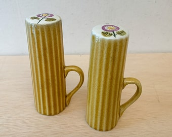 Vintage hand painted salt & pepper shakers with handles, MCM gold salt and pepper shakers