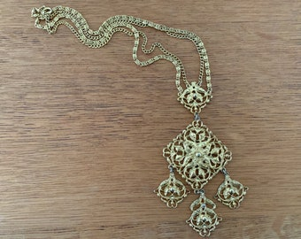 Vintage 1970s mod gold-tone floral filigree necklace in a diamond shape with dangles, India style jewelry, boho necklace