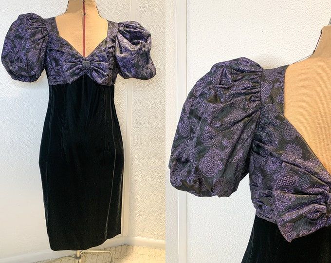 Vintage 80s velvet and brocade puff sleeve formal dress with large bow on bodice, Size S