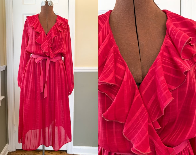 Vintage 1980s long sleeve romantic raspberry pink ruffled collared dress, Valentine dress, Union Made, Warren Petites, Size M