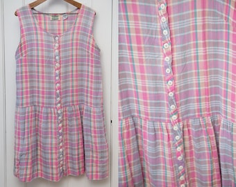 Vintage sleeveless house dress in pink and lavender plaid with pockets, drop waist sundress, Size XL
