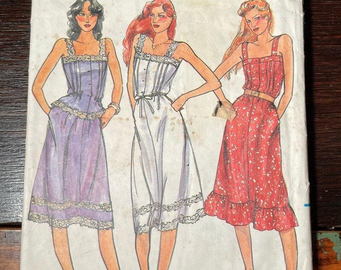 Vintage 70s 80s Butterick sewing pattern 3168, Misses dress, top & skirt, lace trim, Size 10