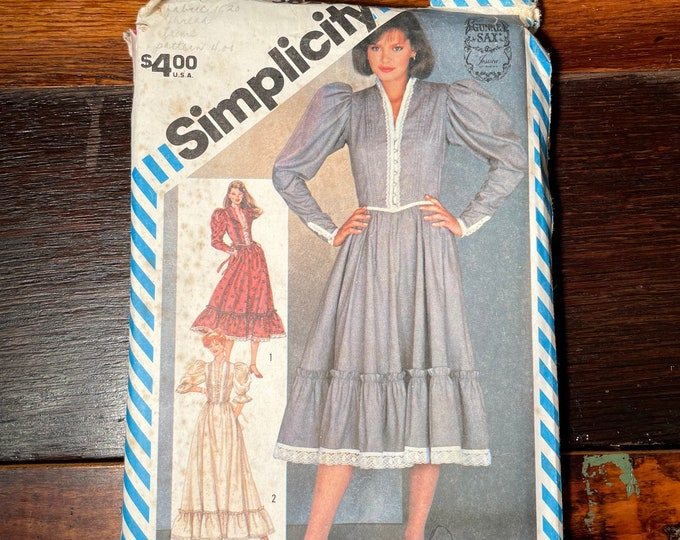 Vintage 1980s Simplicity sewing pattern 5828 for misses fitted dress in two lengths, cottage core dress, Size 10