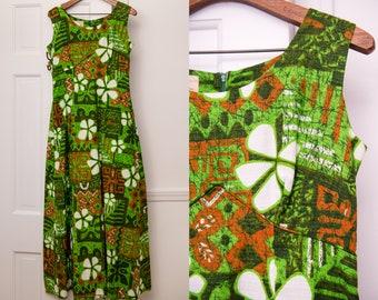 Vintage 1970s barkcloth Hawaiian print maxi dress, polynesian print sleeveless dress, Royal Hawaiian, Size M