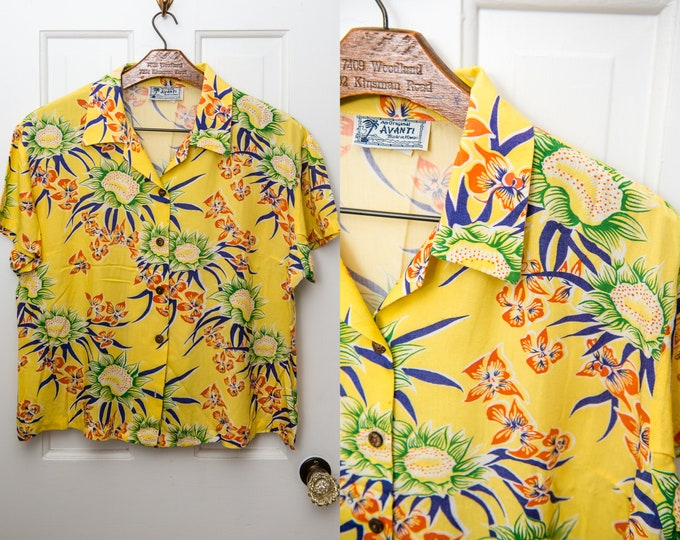 Vintage yellow Hawaiian luau shirt with floral sunflower print, The Original Avanti, Made in Hawaii, Size L