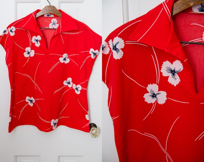 Vintage 70s red polyester cap sleeve shirt blouse pullover top, Size L