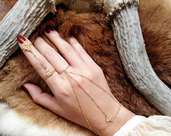 Nyx ring - dainty 18k gold plated double ring chain linked - stacking knuckle ring - reign medieval tudor hand piece - art deco art nouveau