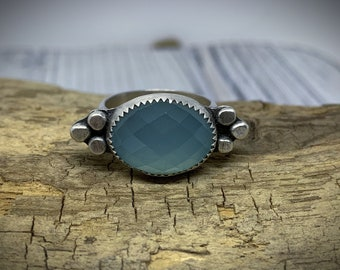 Beautiful Aqua Chalcedony Sterling Silver Stacking Ring - Size 5.75