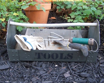 Vintage TOOL CADDY, Green Tool Caddy for Table Decoration, Home Decor, Gardening
