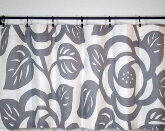 Grey Cafe Curtains Kitchen Curtain Thomas Paul Duralee 1 Pan 52x22