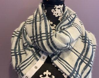 Snap Scarf - hood scarf - wrap - blanket