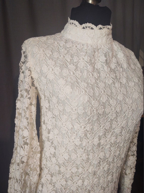Sealfons Mod Crochet Mini Dress  Vintage 1960s Mo… - image 6