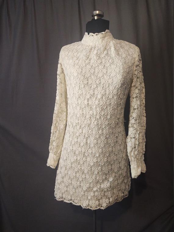 Sealfons Mod Crochet Mini Dress  Vintage 1960s Mo… - image 1