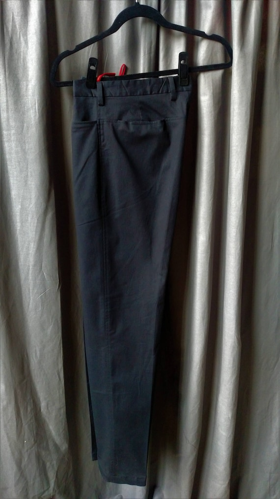 Vintage 1990s Men' s Prada Flat Front Pants in Bl… - image 10