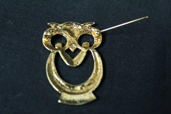 Vintage Gold Metal Owl Novelty Brooch (V1604) - image 3
