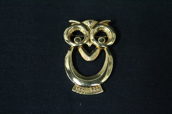 Vintage Gold Metal Owl Novelty Brooch (V1604) - image 1