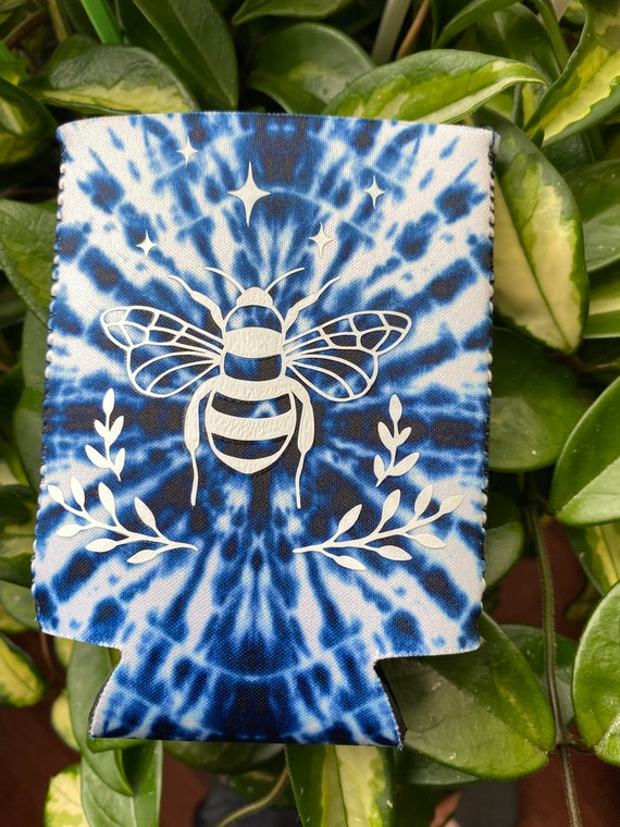 Tie Dye style Bee can coozie