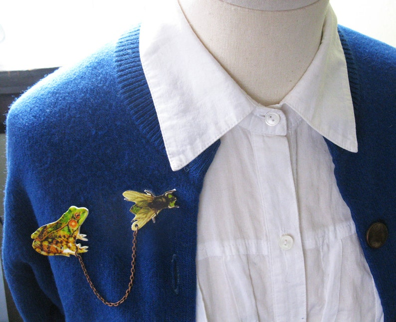Etsy Trend Fun Present For Girls Nature Jewelry Green Frog and Fly Insect Brooch Double Pin Woodland Quirky Gift Idea Sweater Collar Image