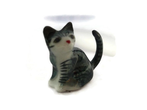 Tiny Grey//White Striped Cat Dollhouse Miniature Ceramic Animal Figurines