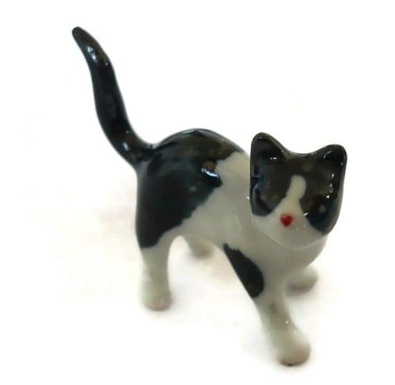 5 Tiny Family Grey //White Striped Cat Dollhouse Miniature  Animal Figurines