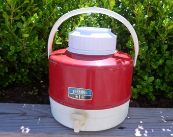 Red Metal Thermos Picnic Jug Beverage Cooler with Cup Storage Lid