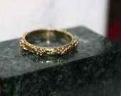 18k  gold grape cluster ring  stacking ring spacer ring wedding ring hand engraved size 7 1/4..all sizes available