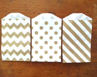 """30x white  seed packets envelope// bags 3.5/""""x 2.4/"""" stripe embossed  MADE 2 ORDER"""