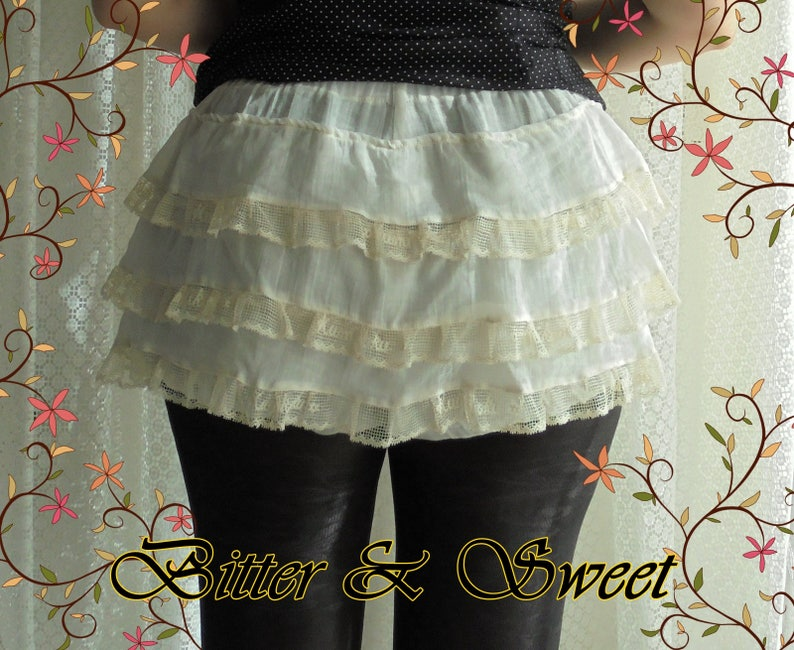 Women Costume Bloomers Lace Ruffles Victorian CanCan Dancer Panties Black S M L