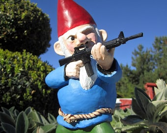 Combat Garden Gnome (in standing position with M-16)