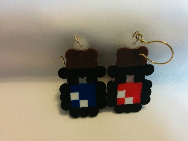 HP and MP potion earrings image 0
