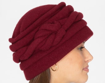 9fd569ea62e Burgundy Downton Abbey Cloche Hat Wool Felt Knitted Retro 1920s Style Lana