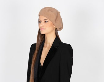 e262c2e8983e6 Classic French Beret Handmade Out of Felted Wool Beige Winter Hat Foldable  Cap Veronica