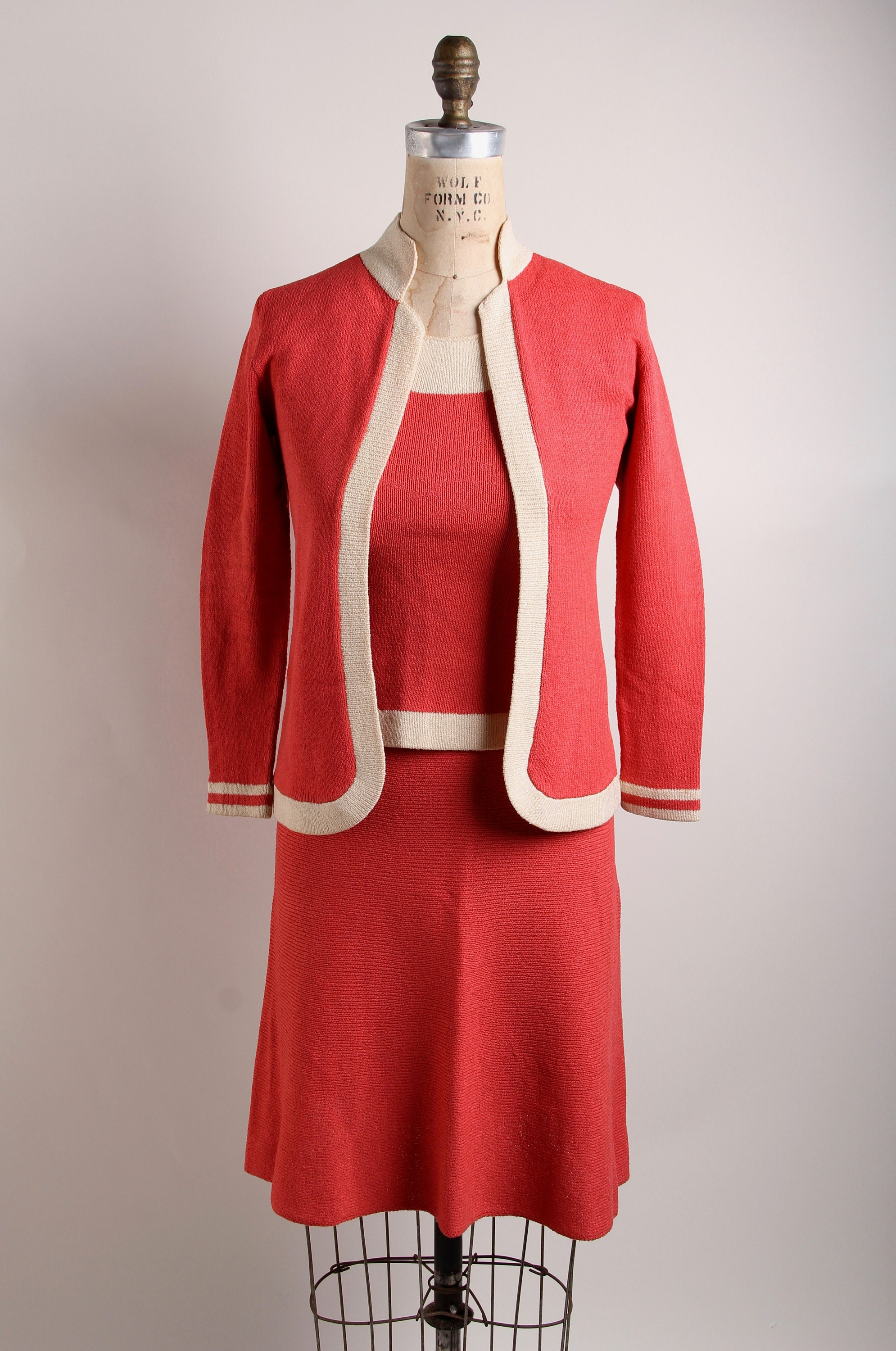 0c5765342d17f Vintage *ADOLFO* 4 piece Coral + Cream knit suit for Saks Fifth avenue,  Size Small, cardigan, skirt, pants, top