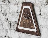 Mantel clocks Modern wall clocks Wooden clock Vintage wall clock Wood clock Custom clock Silent wall clock Farmhouse clock