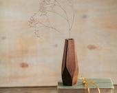 Wavy wood vase - minimalist flower vase - bud vase - housewarming gift - table centerpiece - stick vase - handmade wood vase