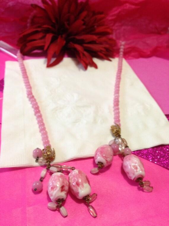Rare flapper glass pink  beads necklace stunning